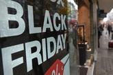 'Tôi hối hận vì bỏ 9 triệu mua một đôi giày dịp Black Friday'