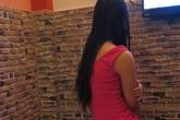 Trói nữ nhân viên massage để cướp điện thoại