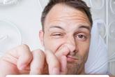 Bác sĩ cảnh báo: Thường xuyên ngoáy mũi sẽ phải chịu 3 hậu quả, thậm chí có thể mất mạng