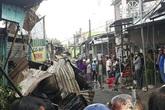 Cháy cả dãy nhà 12 căn trong chợ, bé gái 14 tuổi tử vong