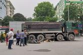 Hà Nội:  Cô gái trẻ tử vong thương tâm dưới bánh xe bồn