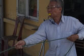 Vợ chồng ông lão tật nguyền 10 năm tình nguyện gác tàu ở Hải Phòng