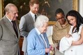 Nữ hoàng buồn khi Archie bị tách khỏi hoàng gia