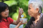 Xuân Canh Tý chia sẻ bí quyết để con cháu giúp cha mẹ già sống khỏe, sống lâu