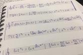 Làm bài tập ngày Tết quá chán, nam sinh quyết định vẽ hẳn khuông nhạc viết lên cho có không khí Xuân