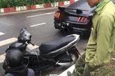 Xe máy vượt đèn đỏ tông vỡ đầu xế sang Ford Mustang và cách xử lý tình huống đi vào lòng người của chủ xe ô tô