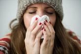 """Phát hiện mới: Phụ nữ có vòng một lớn dễ bị cảm cúm hơn so với chị em """"lép vế"""""""