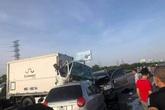 3 ô tô va chạm trên cao tốc, 3 người thương vong