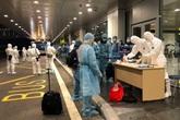 Cách ly 30 công dân Việt Nam trở về từ Vũ Hán ngay khi đáp xuống sân bay Vân Đồn