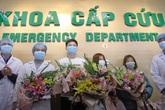 Niềm vui ngày trở về của 3 công nhân được chữa khỏi nCoV