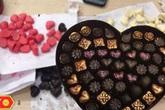 Tiết lộ 'sốc' Socola Valentine 14/2: Hộp quà giá tiền triệu, giá sỉ 3.000 đồng