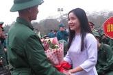 Xúc động lễ giao nhận quân tại Nghệ An