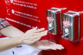 Lifebuoy lắp đặt hàng loạt trạm rửa tay dã chiến miễn phí, cùng người dân phòng chống corona