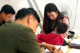 Người phụ nữ nuôi con nhỏ tàng trữ 9 gói ma túy đá