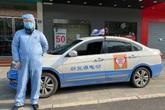 Tài xế taxi Vũ Hán ăn mì tôm, lái xe 12 giờ mỗi ngày chở dân miễn phí