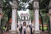 Chủ yếu khách Tây ghé thăm Văn Miếu và đền chùa Hà Nội trong ngày mở cửa trở lại
