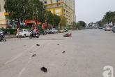 Hà Nội: Truy tìm chiếc xe bán tải đâm trọng thương 2 cha con, cháu bé nguy kịch