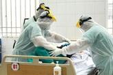 Có ca bệnh người nước ngoài mắc COVID-19 bắt đầu phải thở máy, các chuyên gia hội chẩn