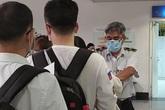 Công dân Việt Nam về nước lúc này đối mặt nguy cơ nhiễm COVID-19 trong quá trình di chuyển
