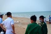 Ngư dân Hà Tĩnh phát hiện thi thể nam giới trôi trên biển