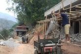 """Huyện Quan Hóa, Thanh Hóa: Trớ trêu """"làng đèn dầu"""" cạnh... nhà máy thủy điện"""