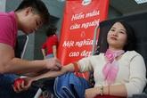 """Ngày hội hiến máu tại Tổng cục Dân số: """"Mỗi giọt máu cho đi, cuộc đời ở lại"""""""