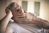 Ngáp vặt buổi sáng dự báo hàng loạt nguy cơ
