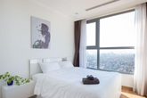 Căn hộ 64m² đầy lôi cuốn nhờ cách lựa chọn đồ đạc thông minh và view ngắm hoàng hôn ở Hà Nội