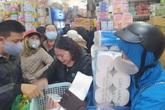 Hà Nội: Dân tranh nhau mua gạo, dầu ăn, mì tôm... dự trữ