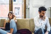 Nếu vợ chồng bạn đang đối xử với nhau theo kiểu này thì hãy ngưng mọi việc lại để làm điều này ngay trước khi quá muộn