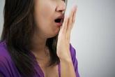 """Những người thường xuyên chơi điện thoại di động trước khi đi ngủ sẽ xuất hiện 3 triệu chứng, cảnh giác bệnh gan """"ghé thăm"""""""