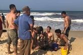 Quảng Trị: Hai người tử vong khi đi tắm biển