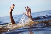 Bé gái đuối nước tử vong ở hồ trung tâm TP Vinh