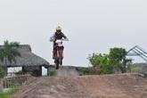 Sân tập địa hình đầu tiên tại Hà Nội dành cho các dân motocross thích bay nhảy