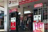 """Cây xăng ở Hà Nội """"găm hàng"""" khi bồn chứa còn hơn 20.000 lít đối diện mức phạt nào?"""