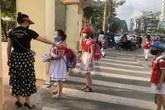 Học sinh Quảng Ninh trở lại trường sau đợt nghỉ dịch COVID-19