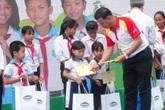 HDbank tặng 10 căn nhà và 200 suất học bổng
