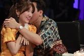 Sau tin đồn bay lắc, MC Trấn Thành ôm chặt Hari Won