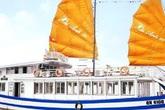 Du khách bức xúc vì khách sạn tự ý huỷ phòng, tàu du lịch chặt chém khi đến Hạ Long du lịch