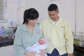 Báo động đỏ toàn bệnh viện cứu sống thai nhi cùng sản phụ bị xoắn tử cung hiếm gặp