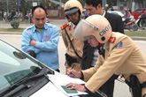 Phó cục trưởng Cục CSGT khẳng định không có tiêu cực khi người dân nộp tiền phạt vi phạm giao thông trực tuyến