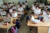 Bộ GD&ĐT nói gì về ảnh học sinh duy nhất trong lớp không có giấy khen