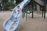 Hà Nội: Các khu vui chơi vắng hoe dù học sinh đã nghỉ hè
