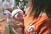 Hải Phòng: Phát hiện bé gái 2 tháng tuổi bị bỏ rơi trước cửa nhà dân