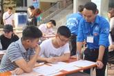 Sinh viên tình nguyện trường Đại học Kiến trúc náo nức hoạt động chào đón tân sinh viên