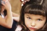 Hay kể công, thích nói đạo lý và những sai lầm của bố mẹ khi dạy con