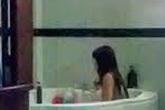 Tiếp viên massage 'tắm tiên' với khách giữa dịch Covid