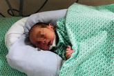 Em bé bị bỏ rơi dưới khe giữa 2 nhà ở Hà Nội được chẩn đoán nhiễm trùng sơ sinh