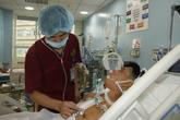 Bác sĩ xuyên đêm cứu sống bệnh nhân bị vỡ tim