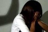 Truy tìm đối tượng hiếp dâm bé gái trong vườn chuối